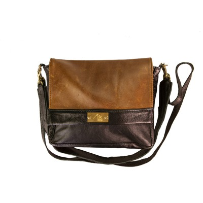 Leather ladies handbag by Dark Horse. Designed and crafted in South Africa.