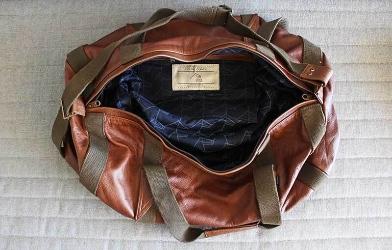 DH_Leather-Duffel_MS_email-and-web-blocks_800x600-08