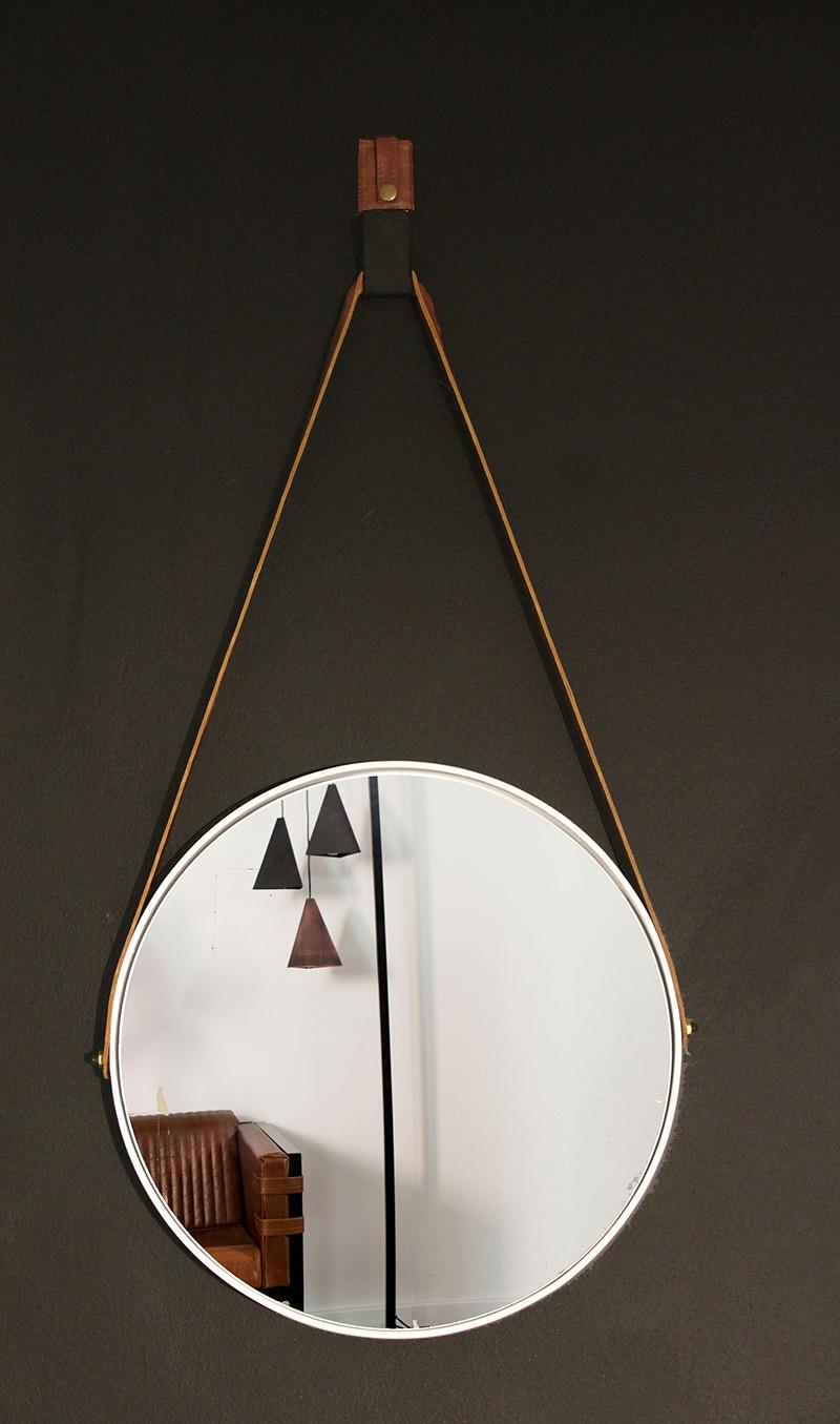 Small Round Mirror White Leather Strap 187 Dark Horse